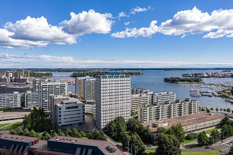 Helsingin Meritorni, ulkokuva kesä